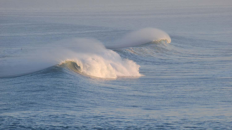 MORABITO-ART-CLIFF-Bali-Bingin-Wave-best-surf.jpg