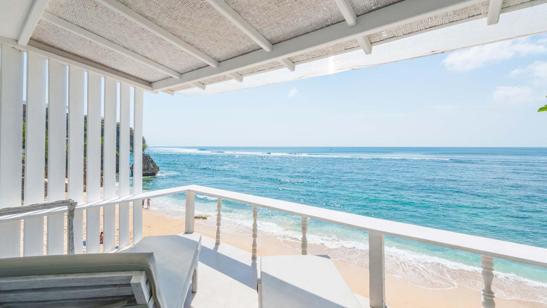 The-Sun-&-Surf-Stay-room-1-balcony-1.jpg