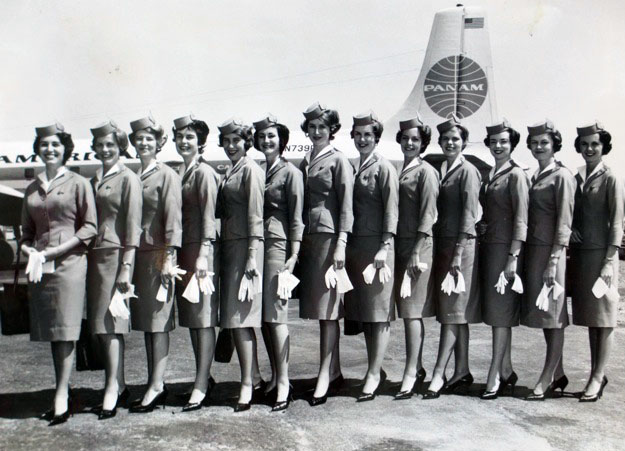 April 1962, San Francisco Airport - Valerie 5th from left