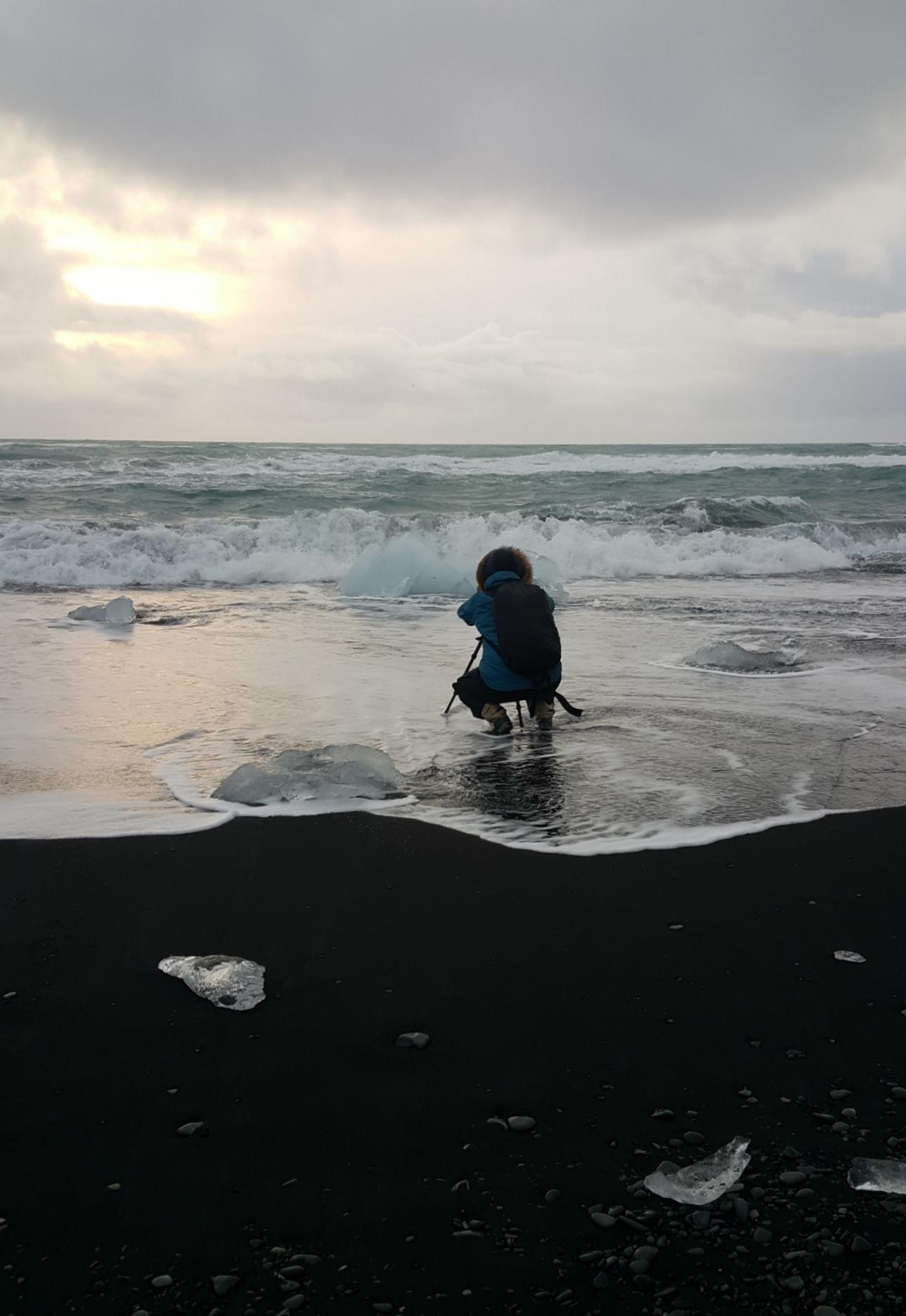 Kimberly i kjent stil på Ice Beach