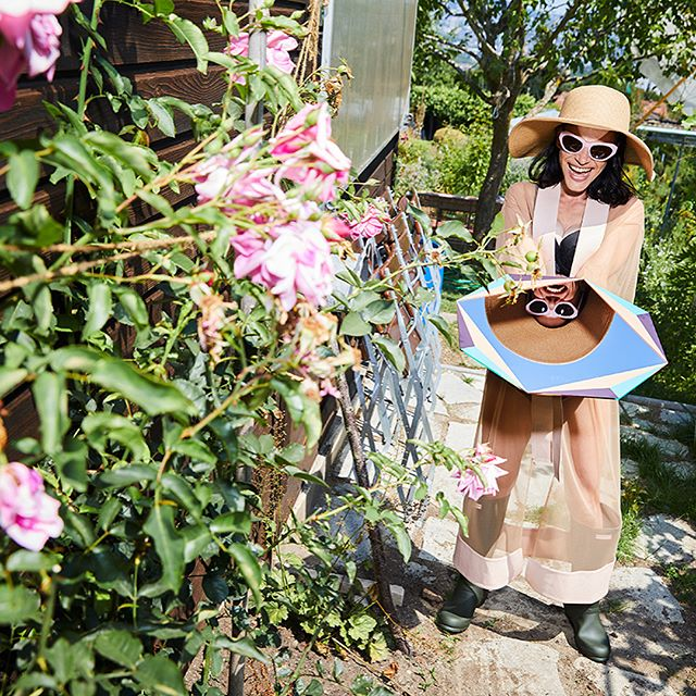 """""""gardening in this season's most extravagant pieces""""  styling: 🙋🏻♂️ photos: micha freutel  published in stil-magazine @nzzbellevue"""