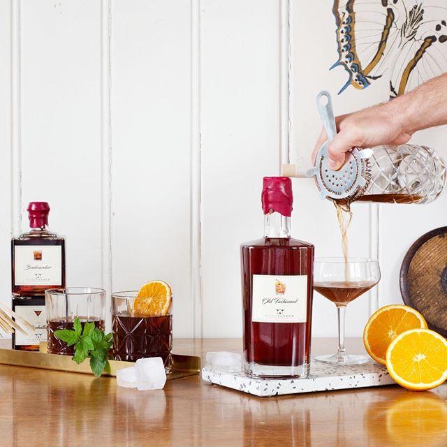 Rebranding for Hometender. Prebottled Cocktails from Zurich. Pictures and Website 🙋🏻♂️ www.hometender.ch  #cocktails #photography #web #rebranding