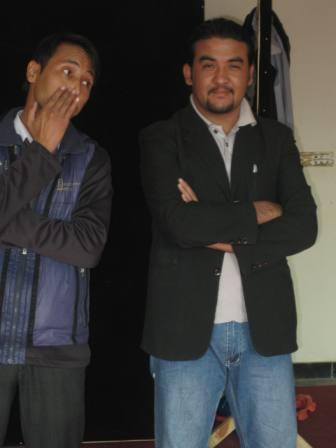 Nazar and Ahmad Zia fool around in rehearsal