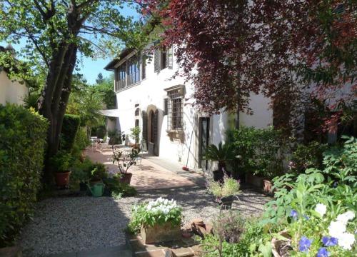 Villa-Il-Palmerino-an-Tuscan-oasis-for-culture_BOX.jpg