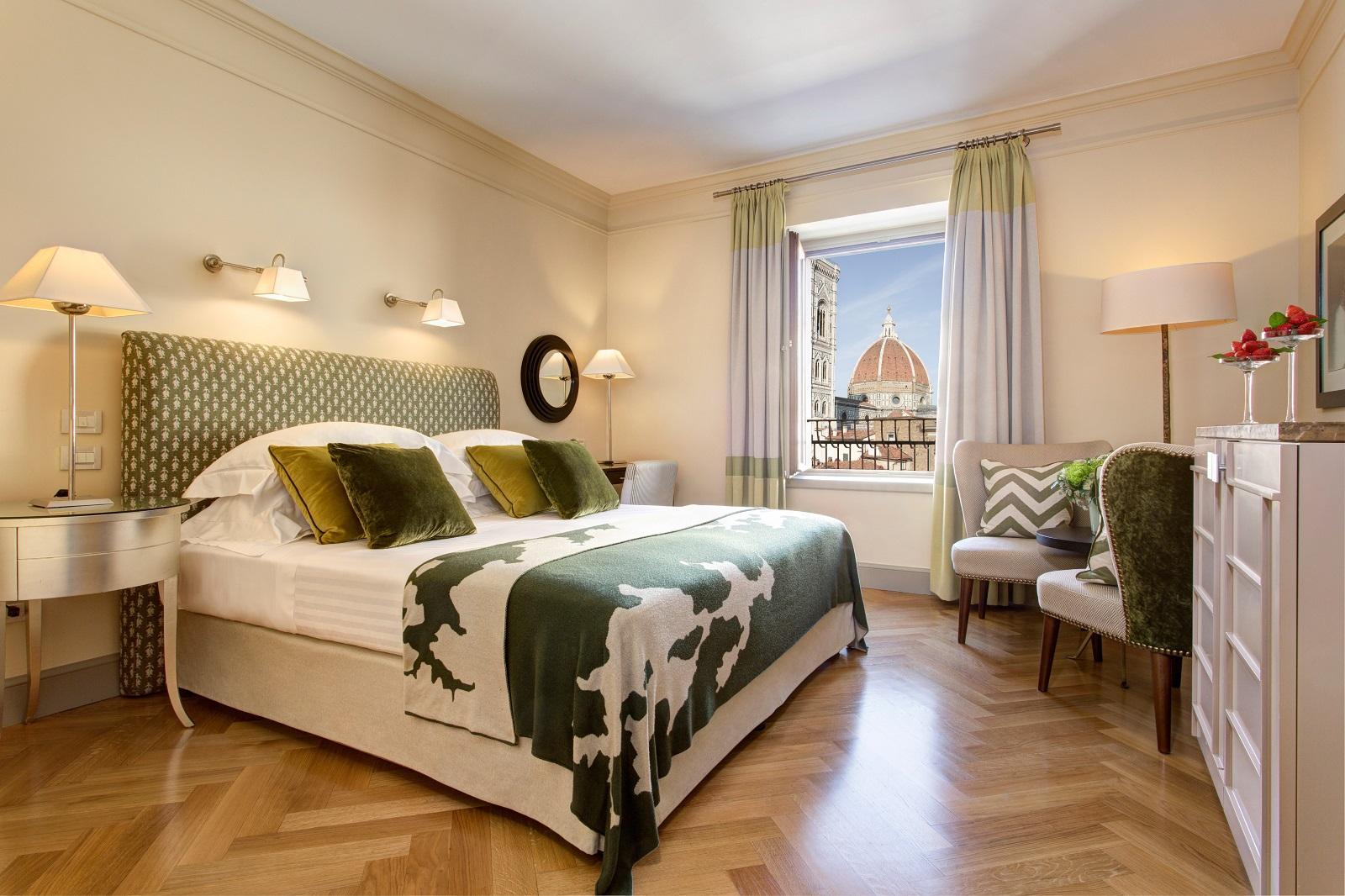 Camera al Savoy Hotel con vista esclusiva sul Duomo di Firenze