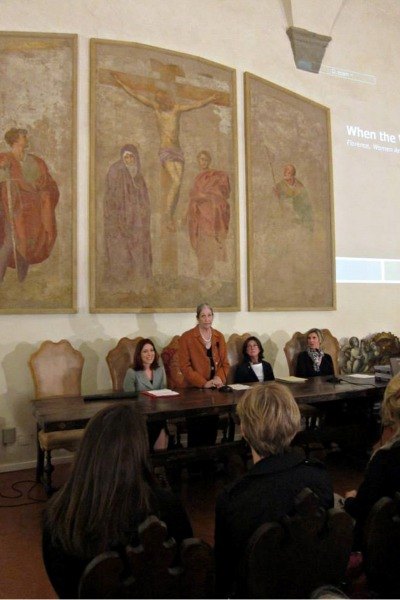 An-AWA-event-at-the-Accademia-delle-Arti-del-Disegno-in-Florence_FB.jpg