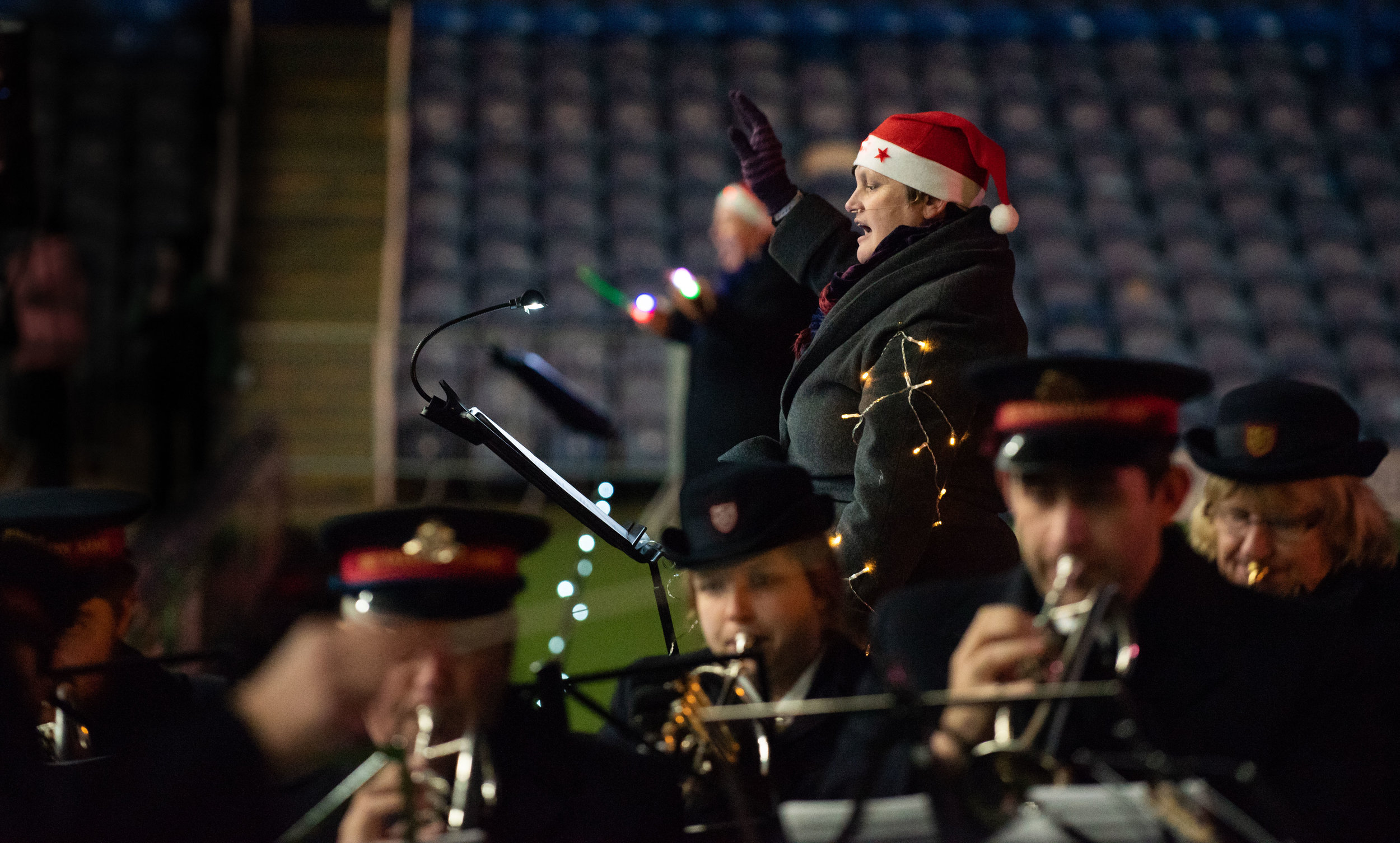 VernonNash_Schools Carols at Fratton Park_015.jpg