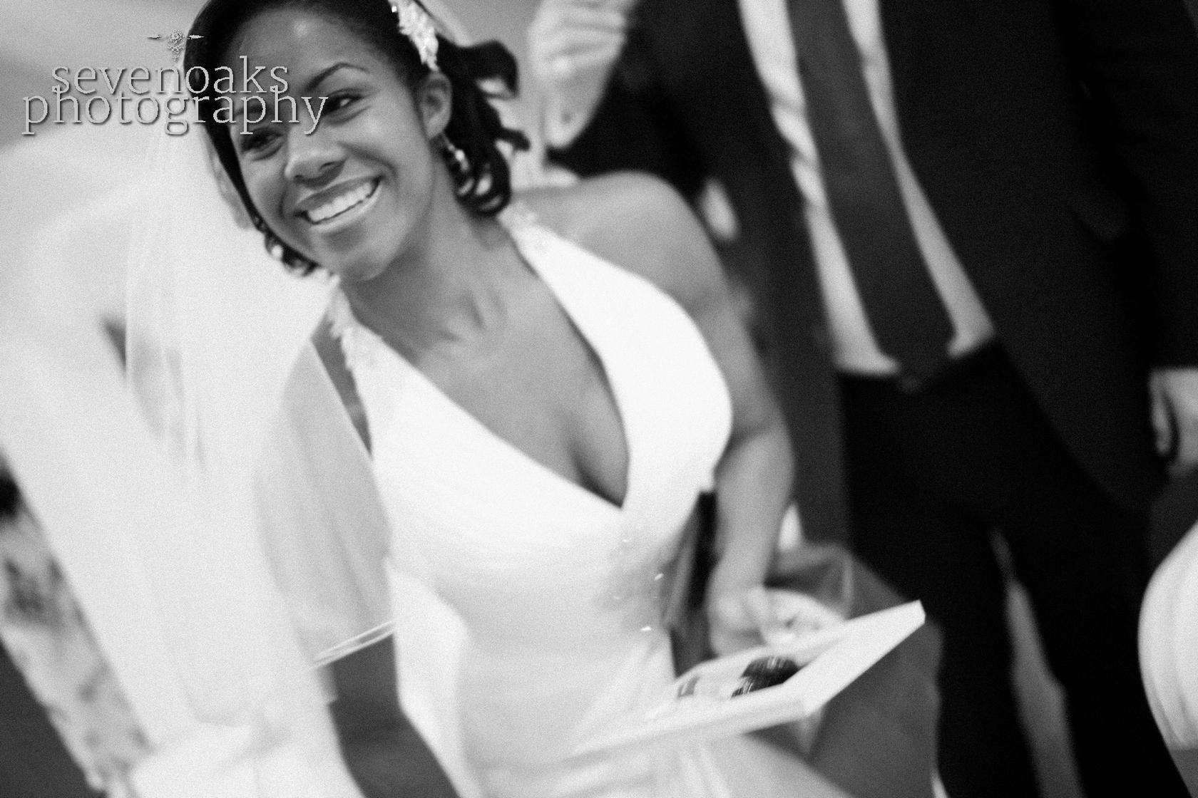 Sevenoaks documentary wedding photographer-13.jpg