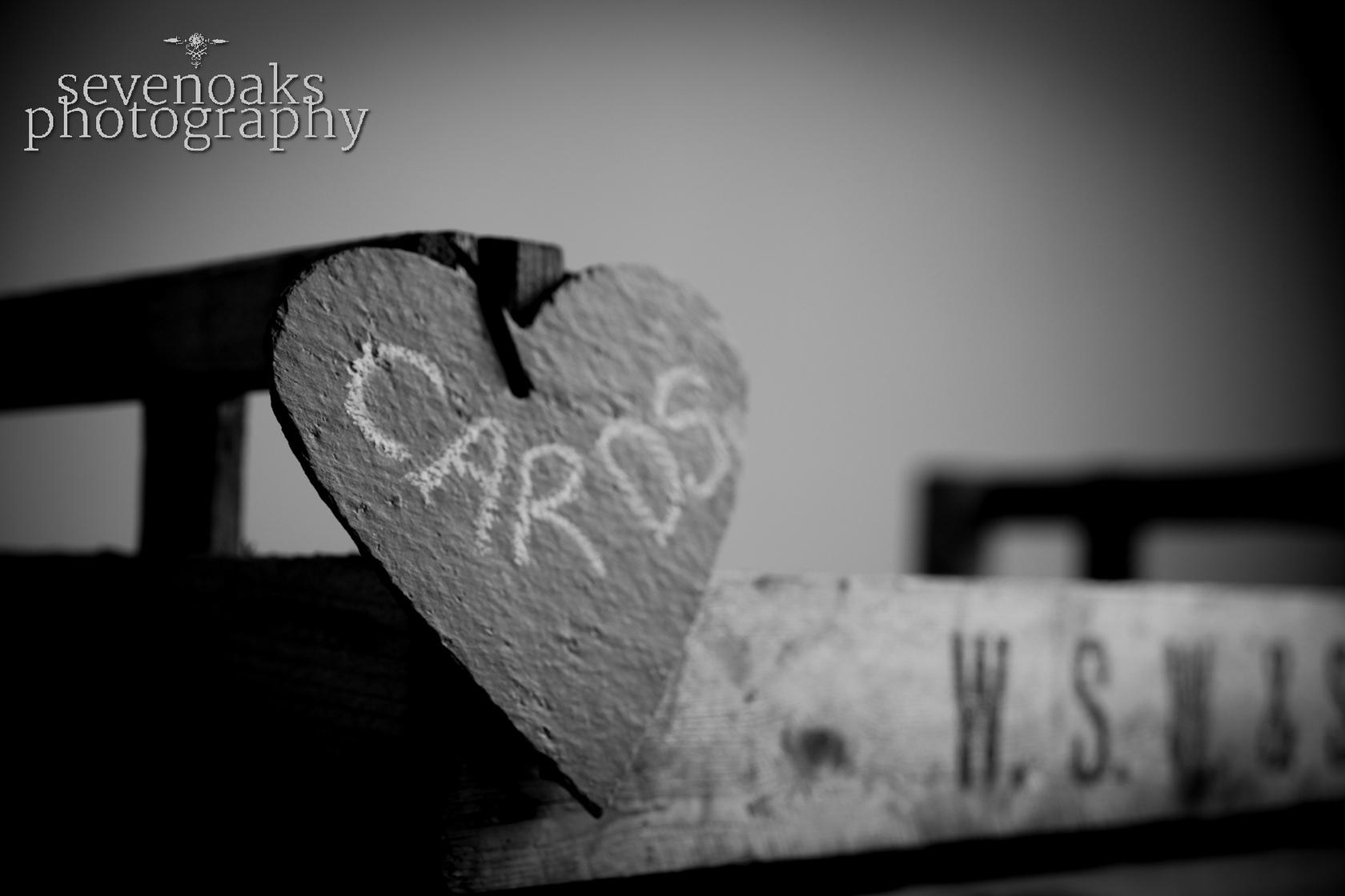 Sevenoaks documentary wedding photographer-39.jpg