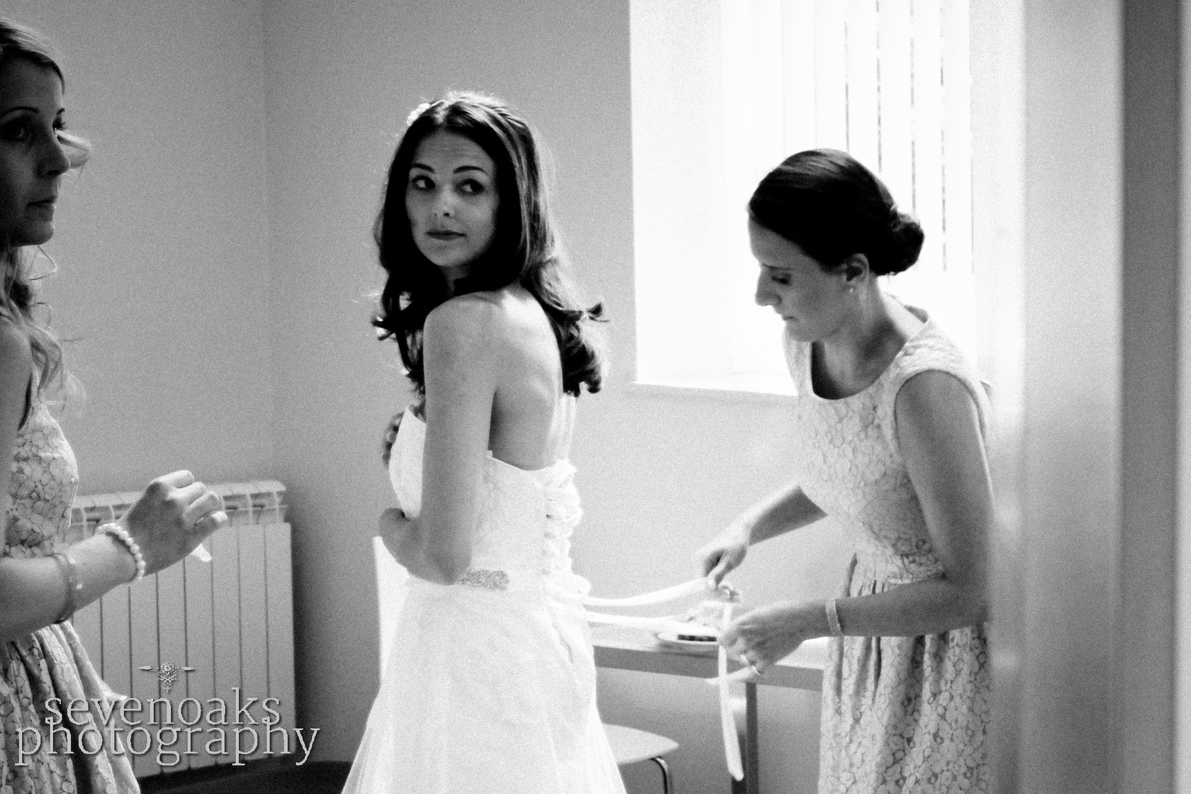 Sevenoaks documentary wedding photographer-54.jpg