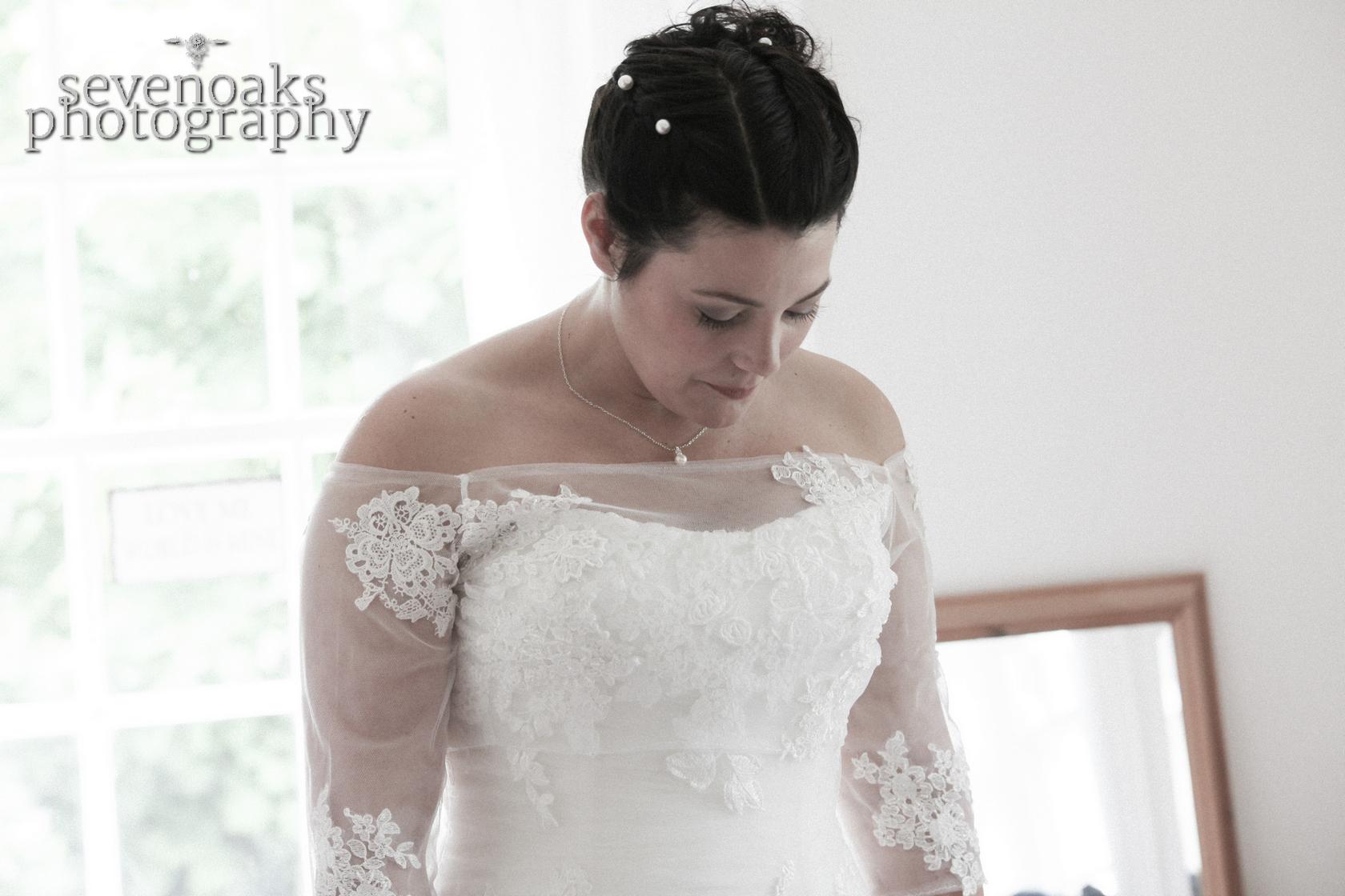 Sevenoaks documentary wedding photographer-73.jpg