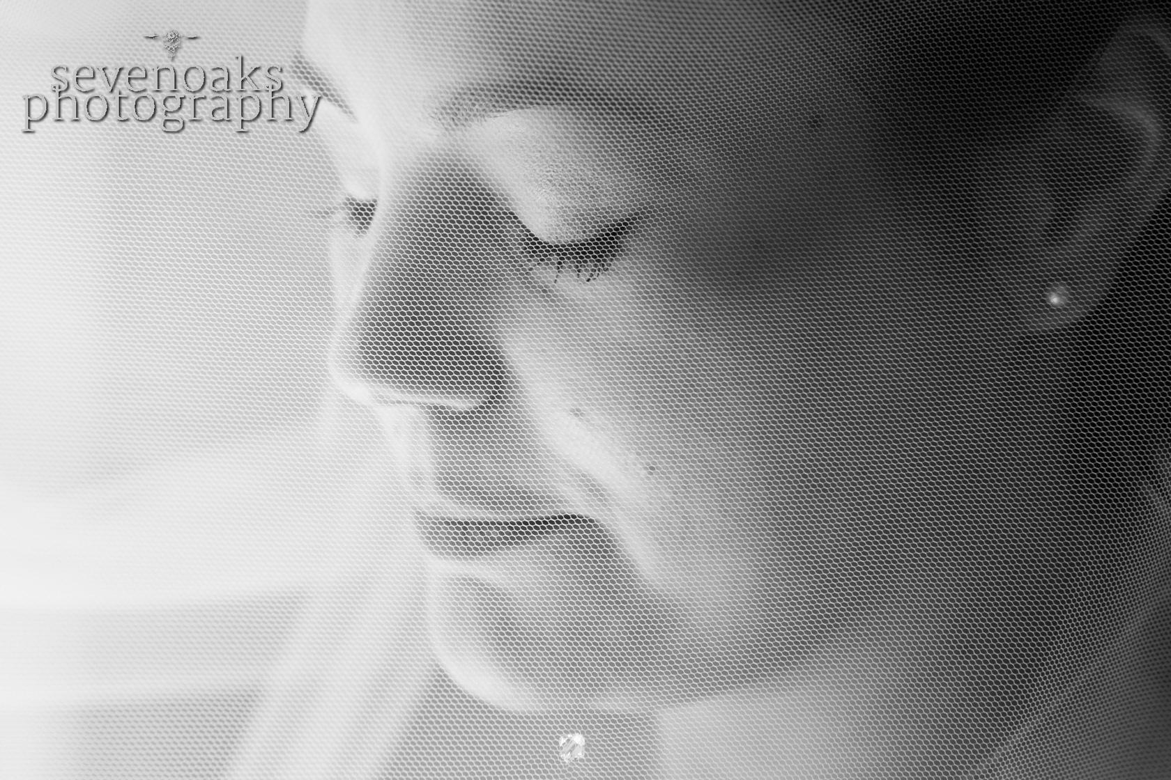 Sevenoaks documentary wedding photographer-74.jpg