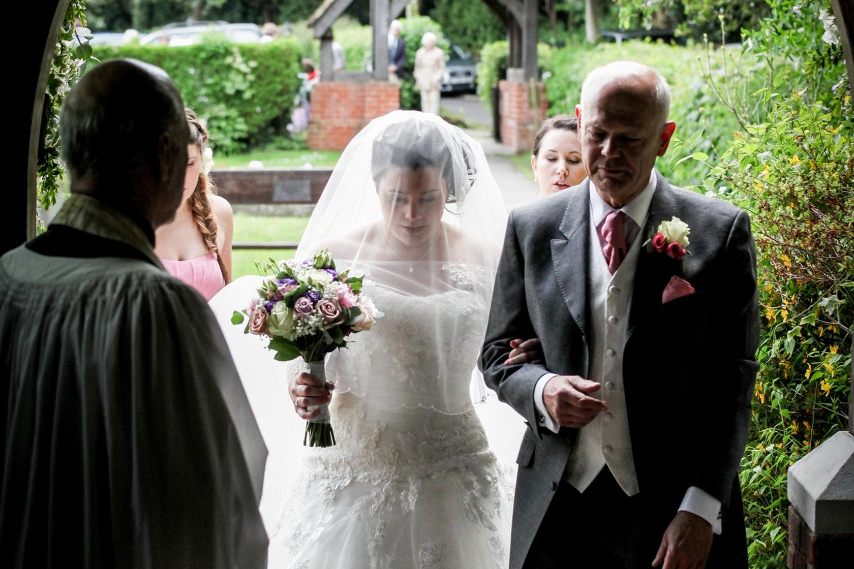 Sevenoaks documentary wedding photographer-80.jpg