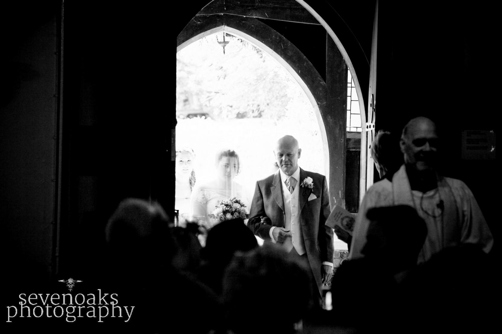 Sevenoaks documentary wedding photographer-82.jpg