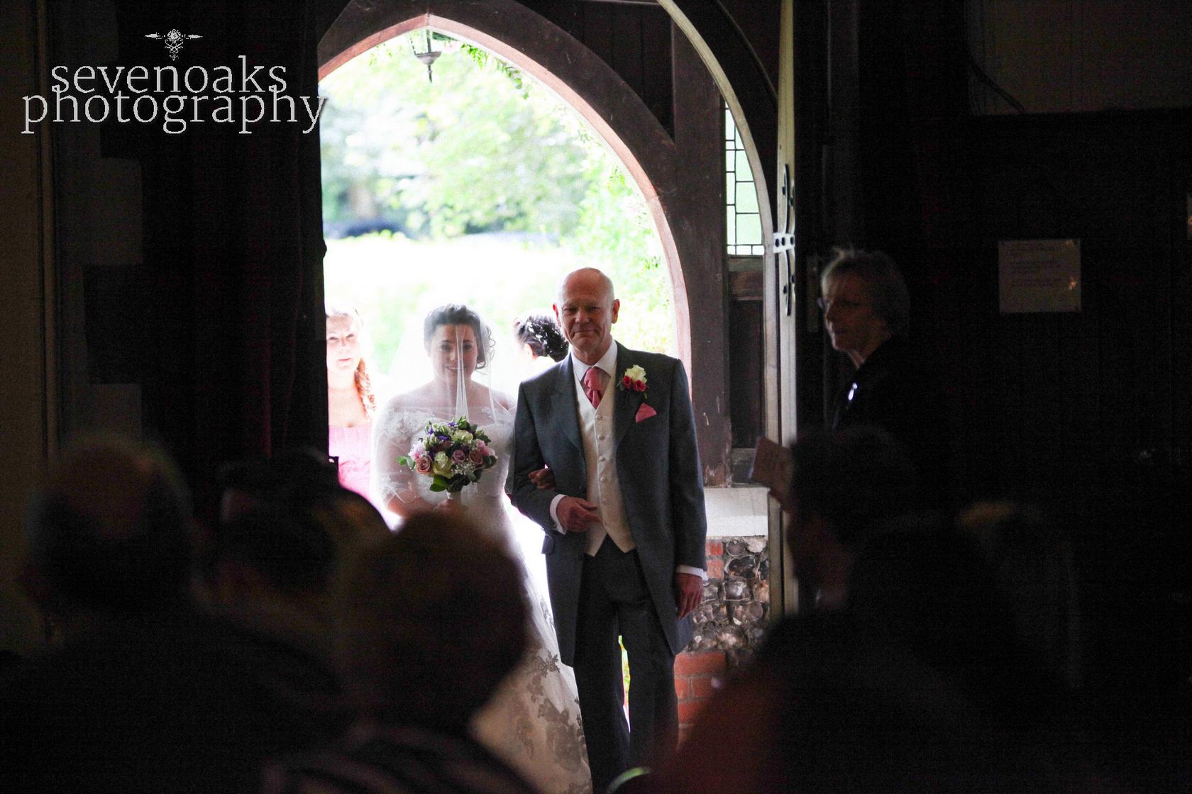 Sevenoaks documentary wedding photographer-83.jpg
