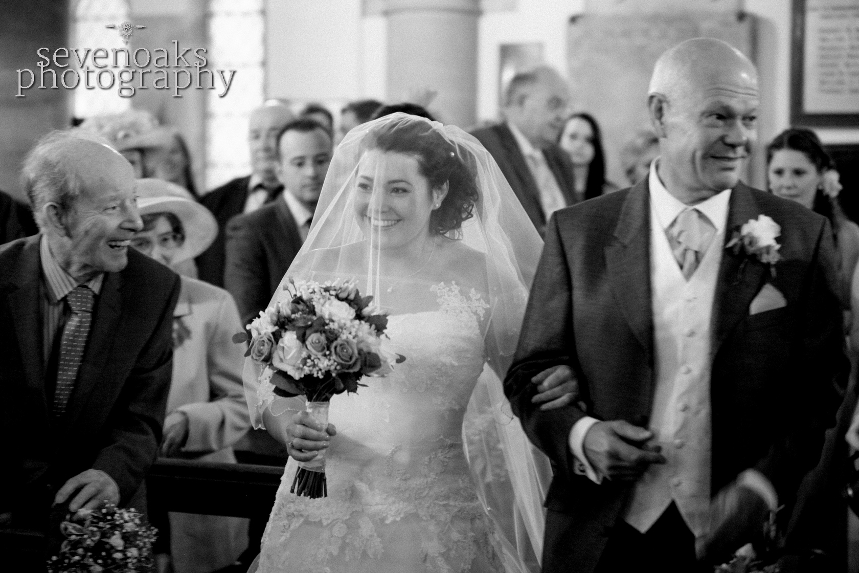 Sevenoaks documentary wedding photographer-84.jpg
