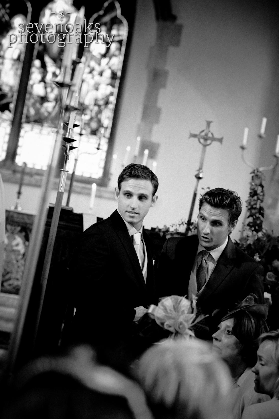 Sevenoaks documentary wedding photographer-111.jpg