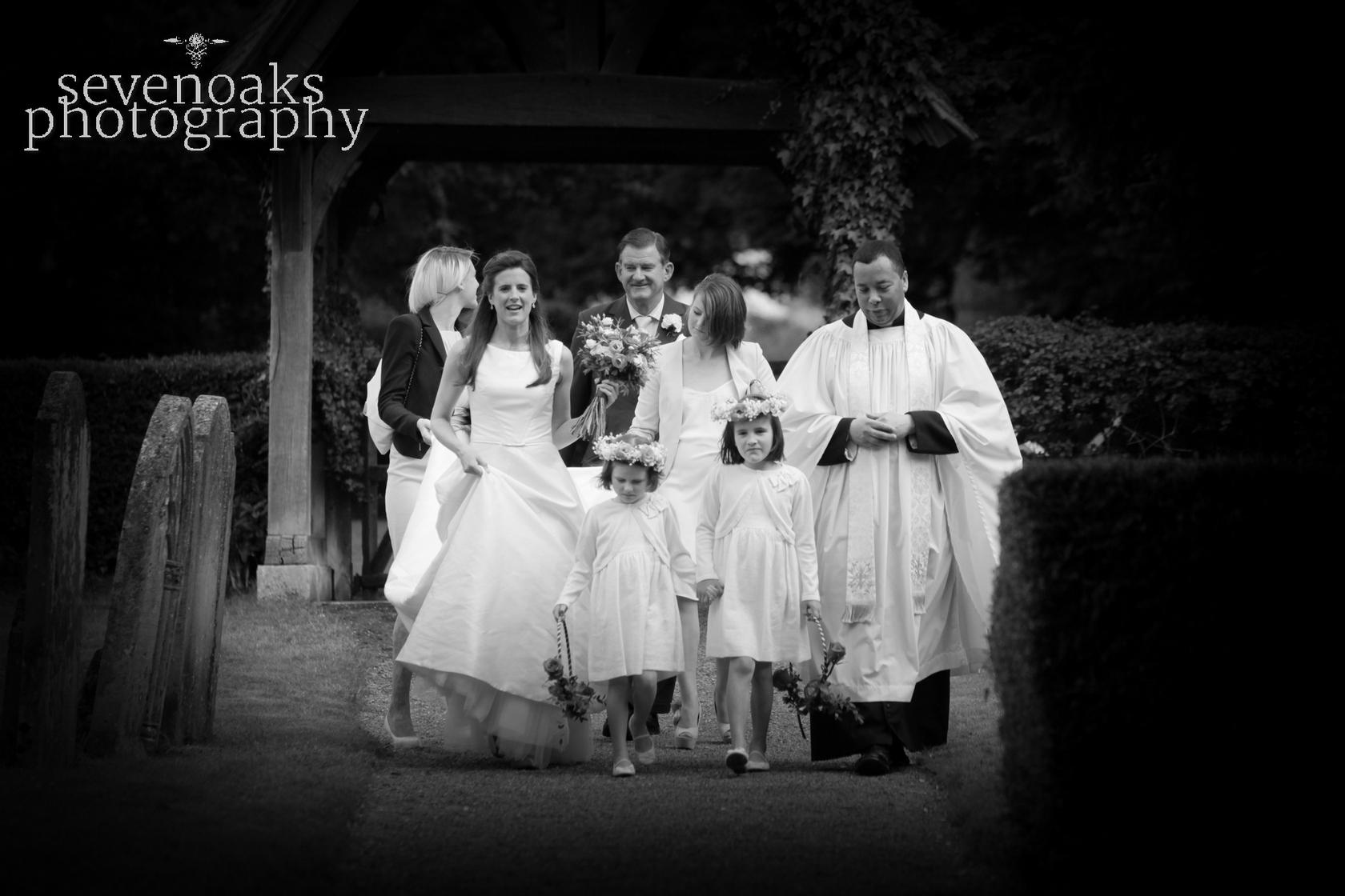 Sevenoaks documentary wedding photographer-114.jpg