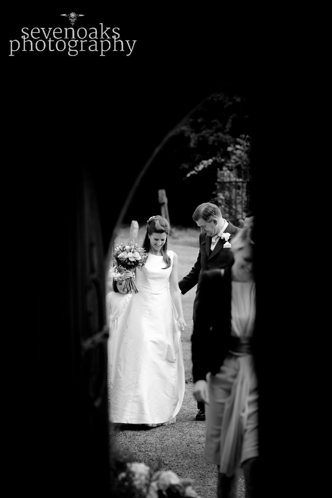 Sevenoaks documentary wedding photographer-116.jpg