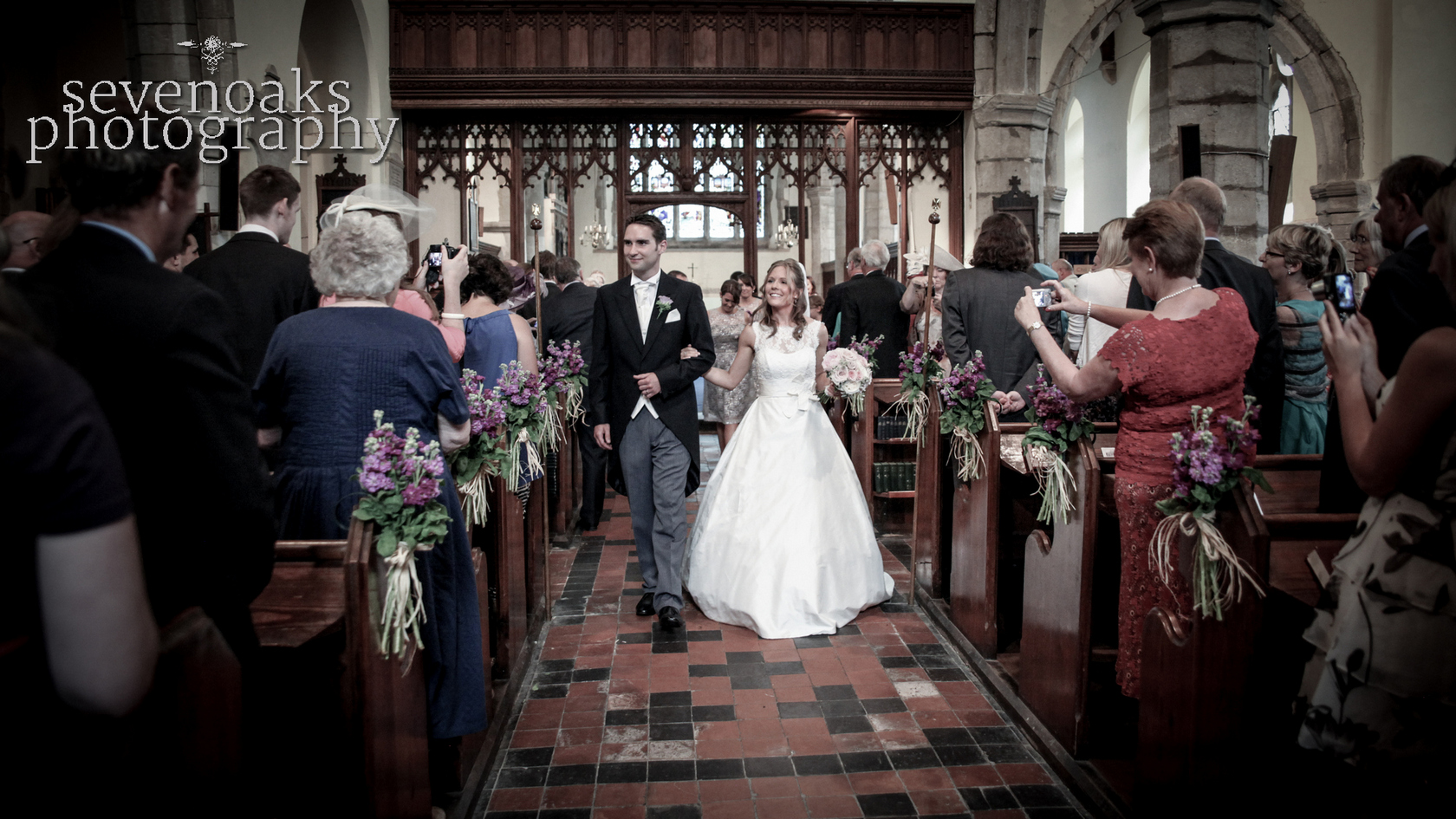 Sevenoaks documentary wedding photographer-128.jpg
