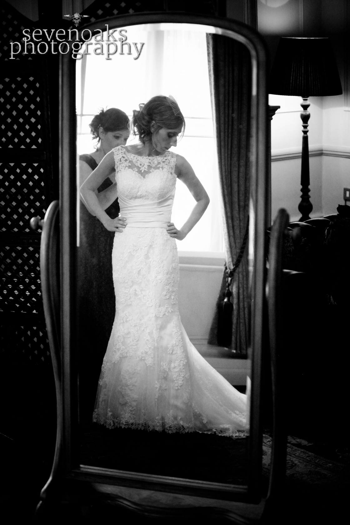 Sevenoaks documentary wedding photographer-131.jpg