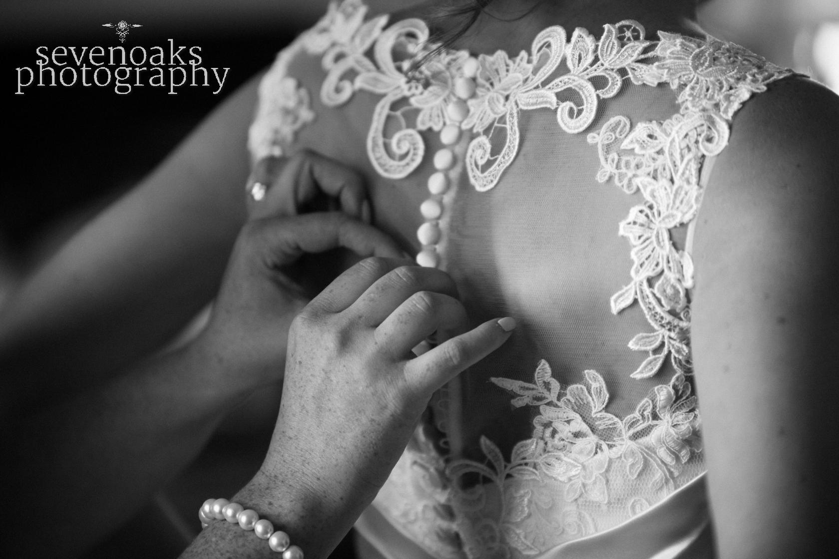 Sevenoaks documentary wedding photographer-132.jpg