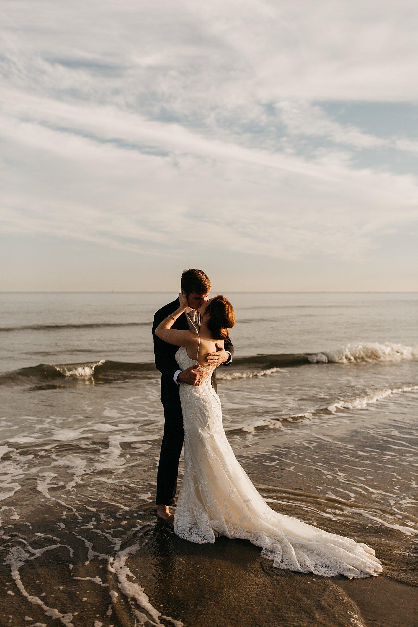 Wilderlove Co_Galveston Texas Beach Wedding Photography_0019.jpg