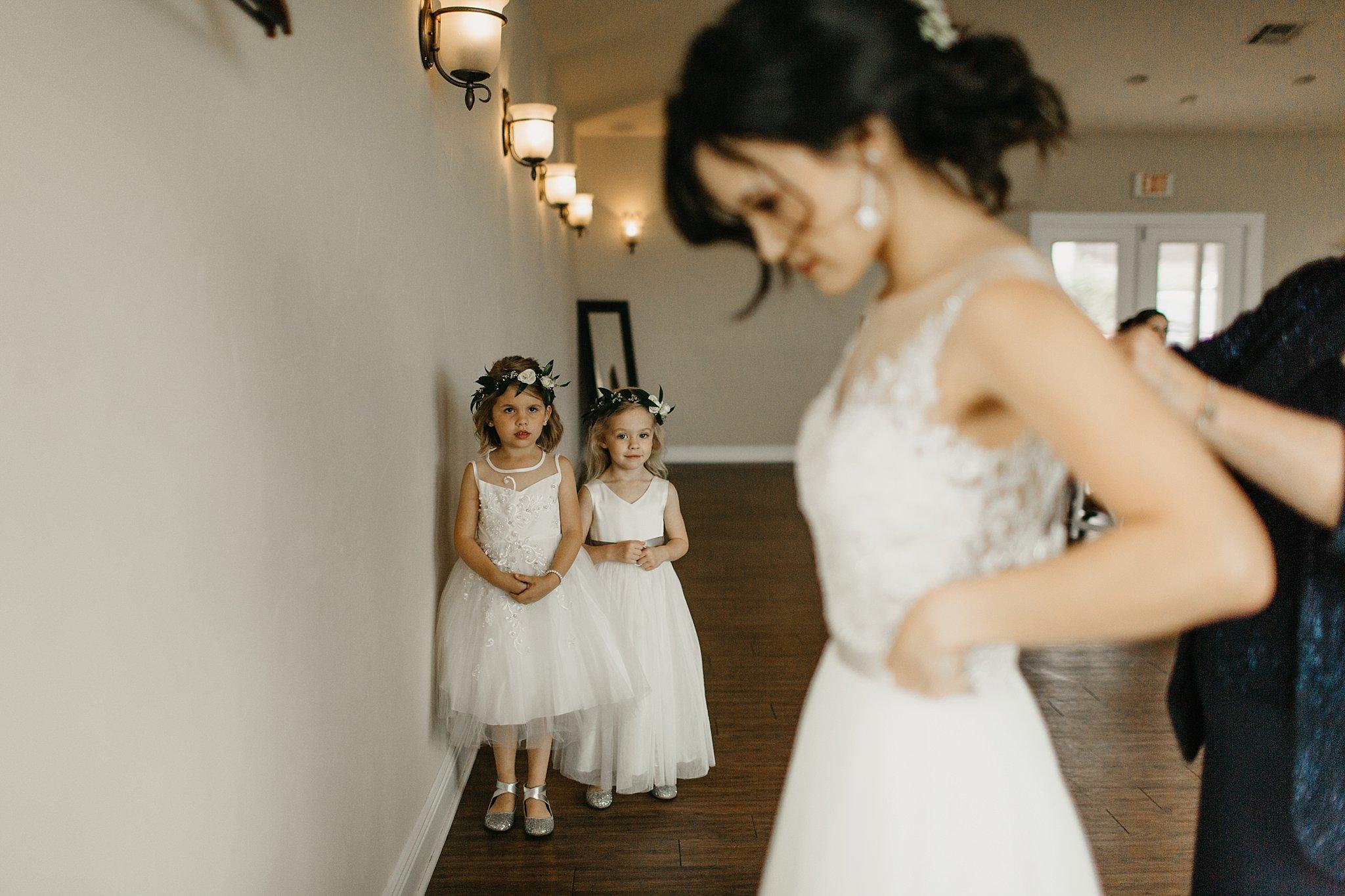 Wilderlove Co_Austin Texas_Vintage Villas Hotel_Wedding Photography_0007.jpg