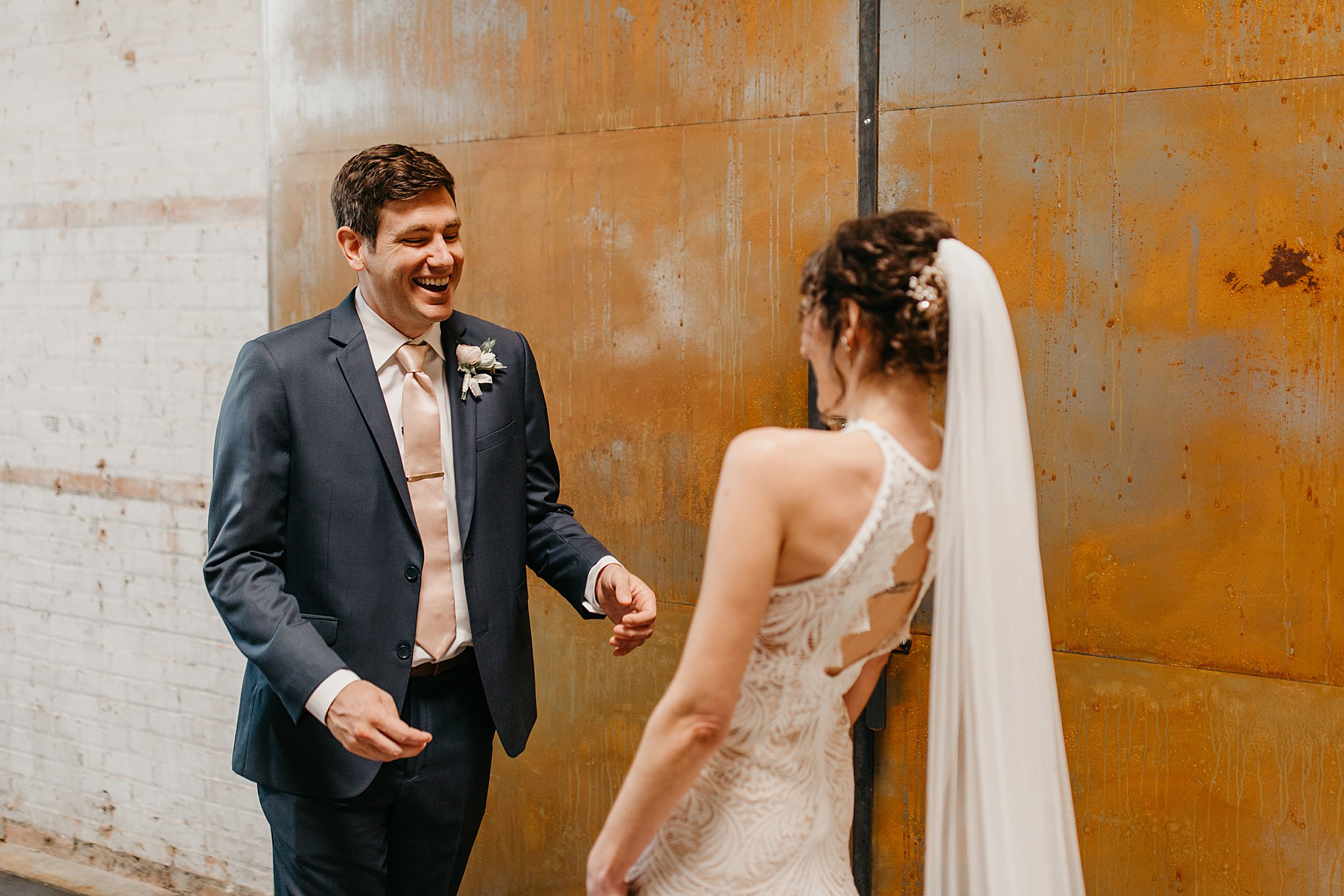 Wilderlove Co_Wedding Photographer_Industrial Wedding_Jewish Wedding_Dallas Texas Wedding_Brake & Clutch Warehouse_North Texas Photographer_0020.jpg