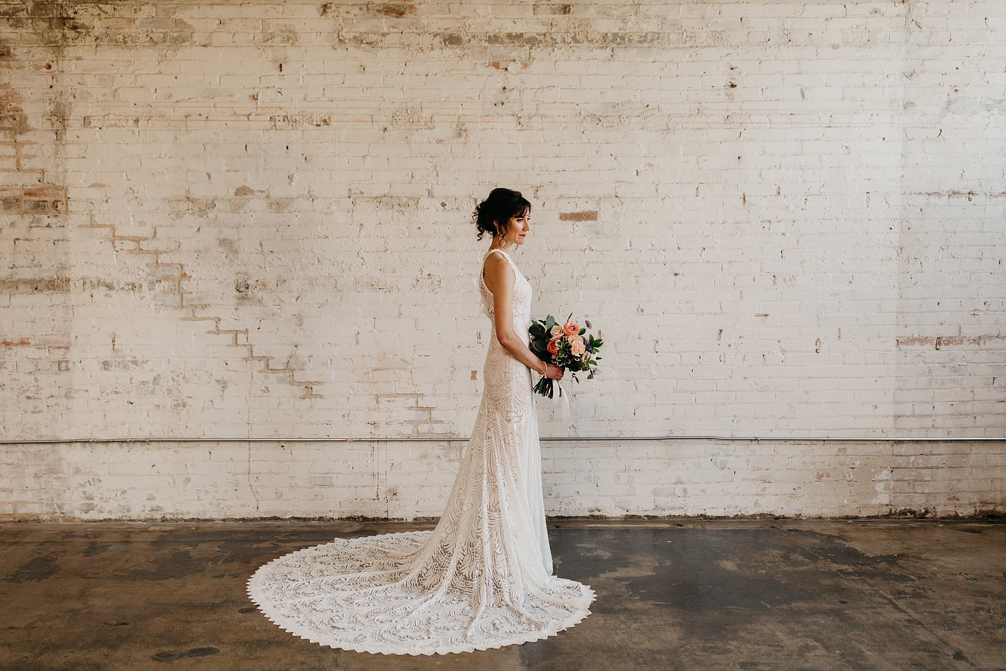 Wilderlove Co_Wedding Photographer_Industrial Wedding_Jewish Wedding_Dallas Texas Wedding_Brake & Clutch Warehouse_North Texas Photographer_0038.jpg