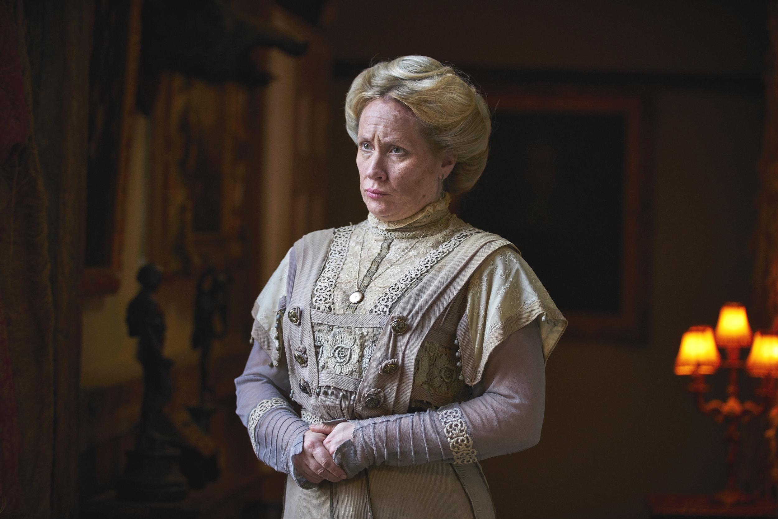 Martha Howe-Douglas  as Lady Button