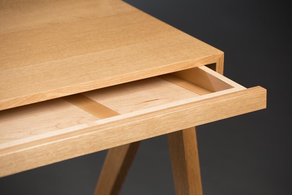 Desk-drawercloseupr.jpg