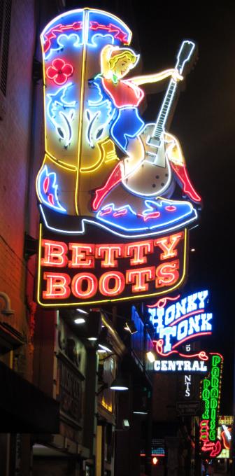 Nashlorette Honky Tonk Bars.png