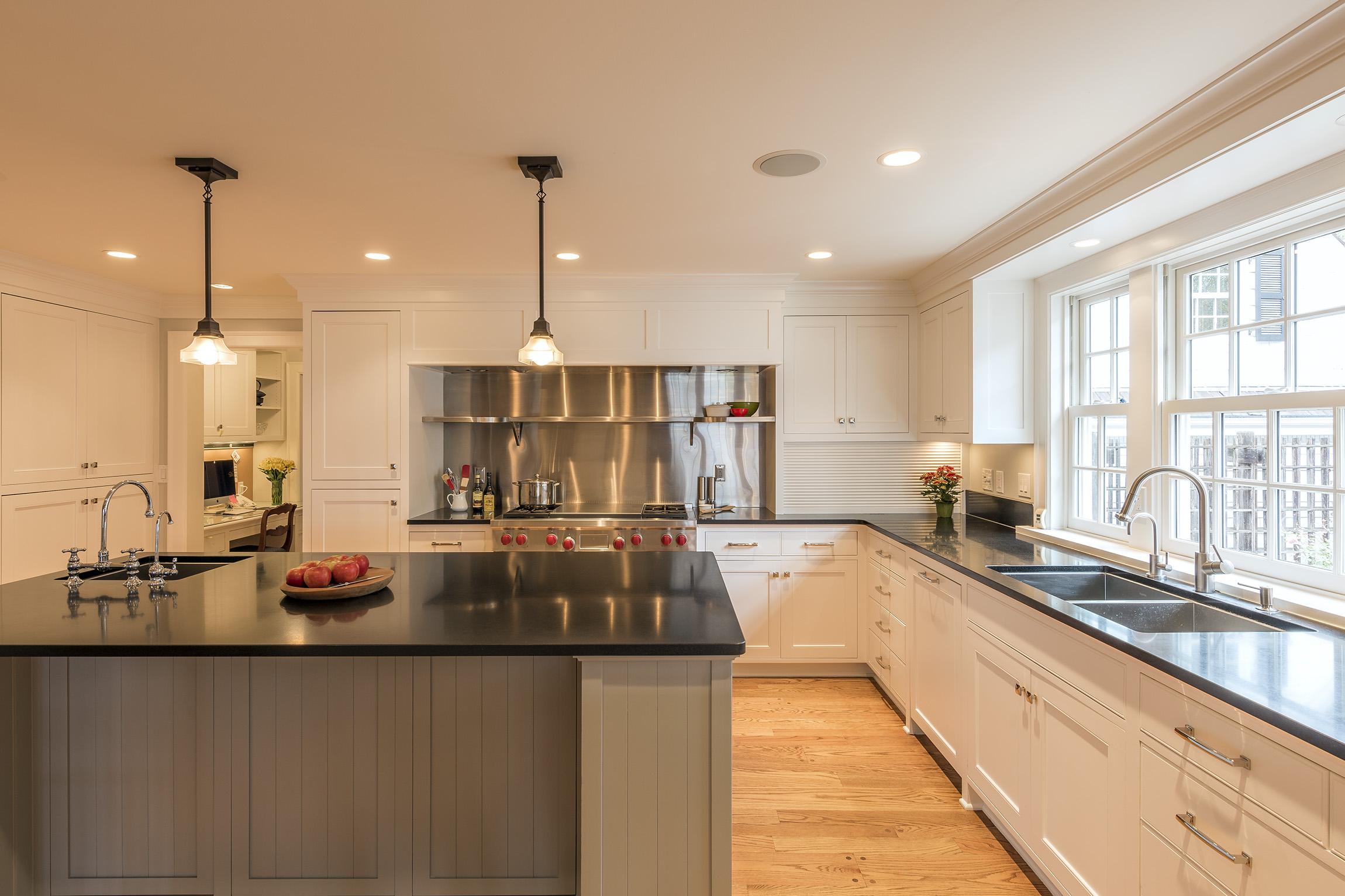 LLake-Kitchen-01-Large.jpg