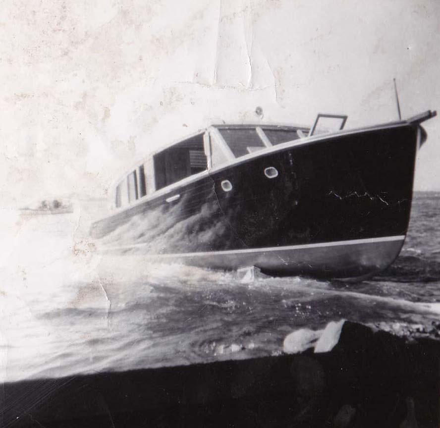 12_boat10.jpg