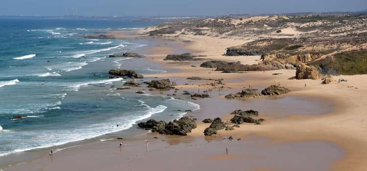 praia-malhao-beach.jpg
