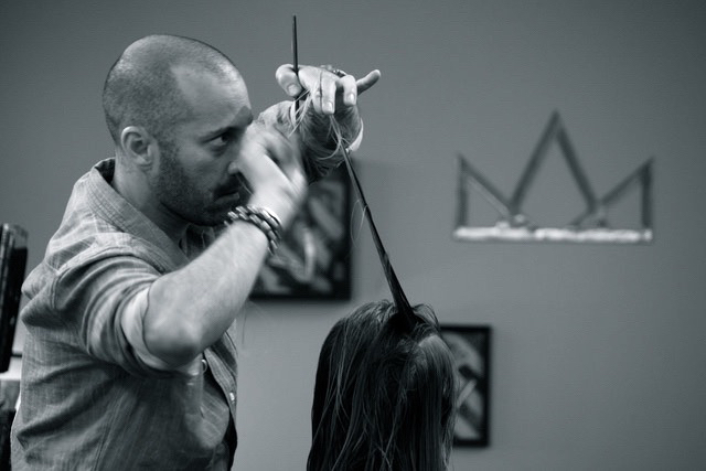 Dante Razor Cutting Demo at Crown Salon in Buffalo, NY