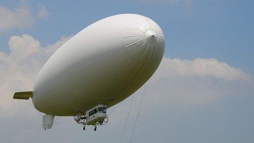 blimp-zeppelin.jpg