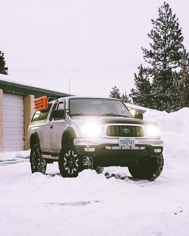 """One of our favorite lifts - 2"""" Old Man Emu Springs paired with Bilstein Struts.  Fresh brakes while we're at it.  @pnwxplore"""