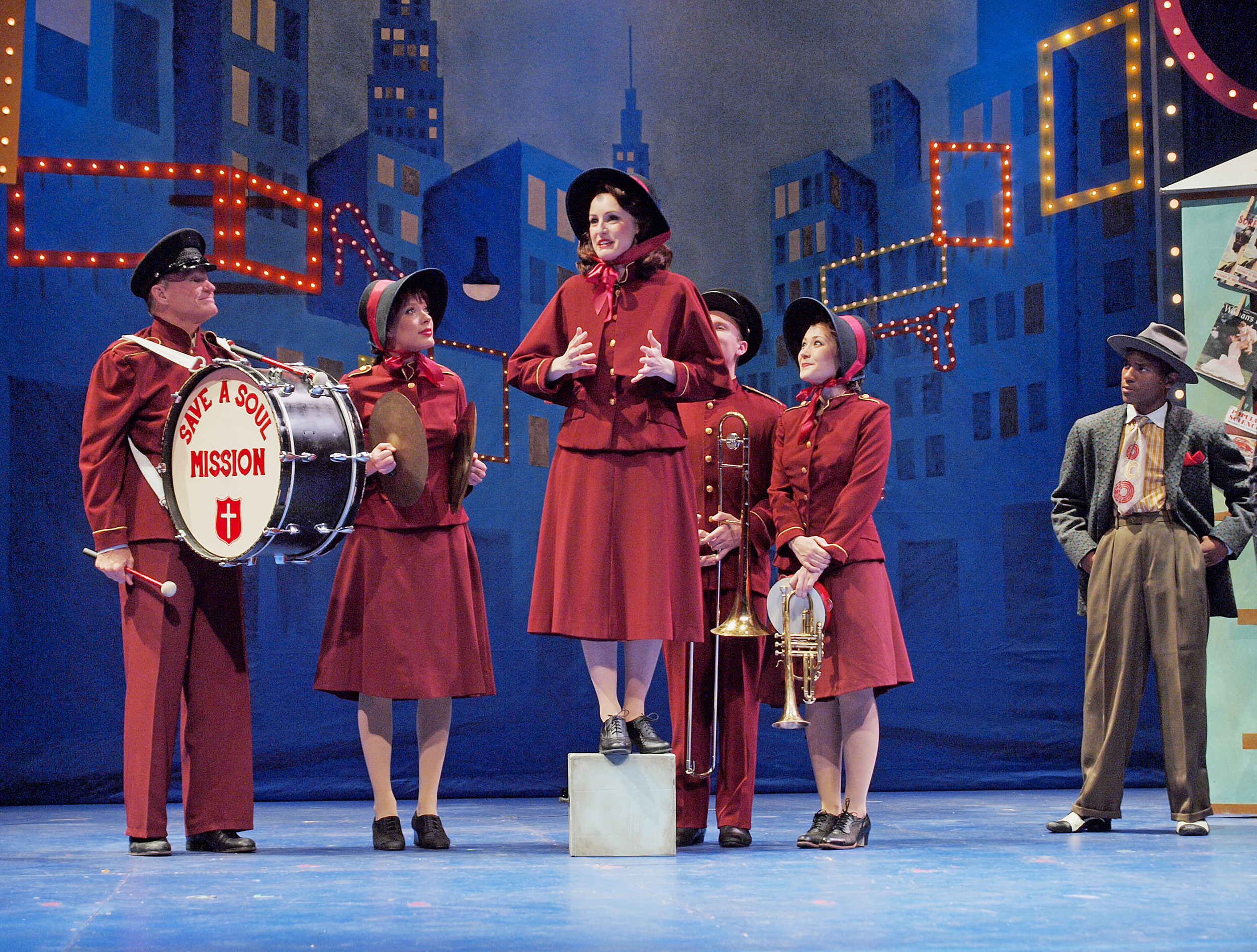 as-sarah-brown-in-guys--dolls_20570890863_o.jpg