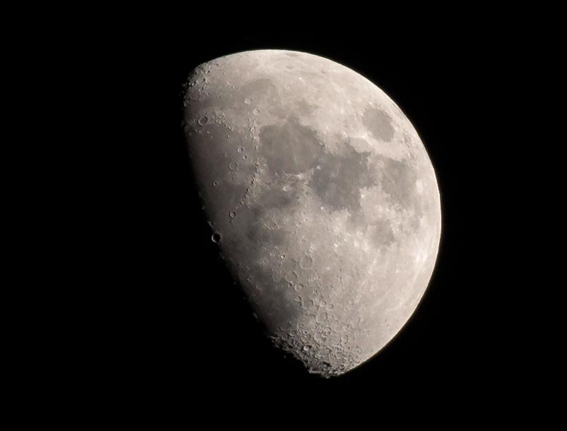 _DSC4629_Moon.jpg