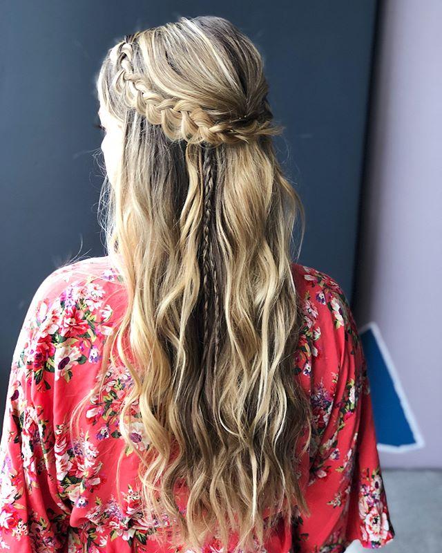 ✨ Golden mermaid locks 🙌🏼 gorgeous day assistant theeee best @jennifercnieman |  #bridesmaidhair #bridesmaids #summerwedding #atlantawedding #atlantahairstylist