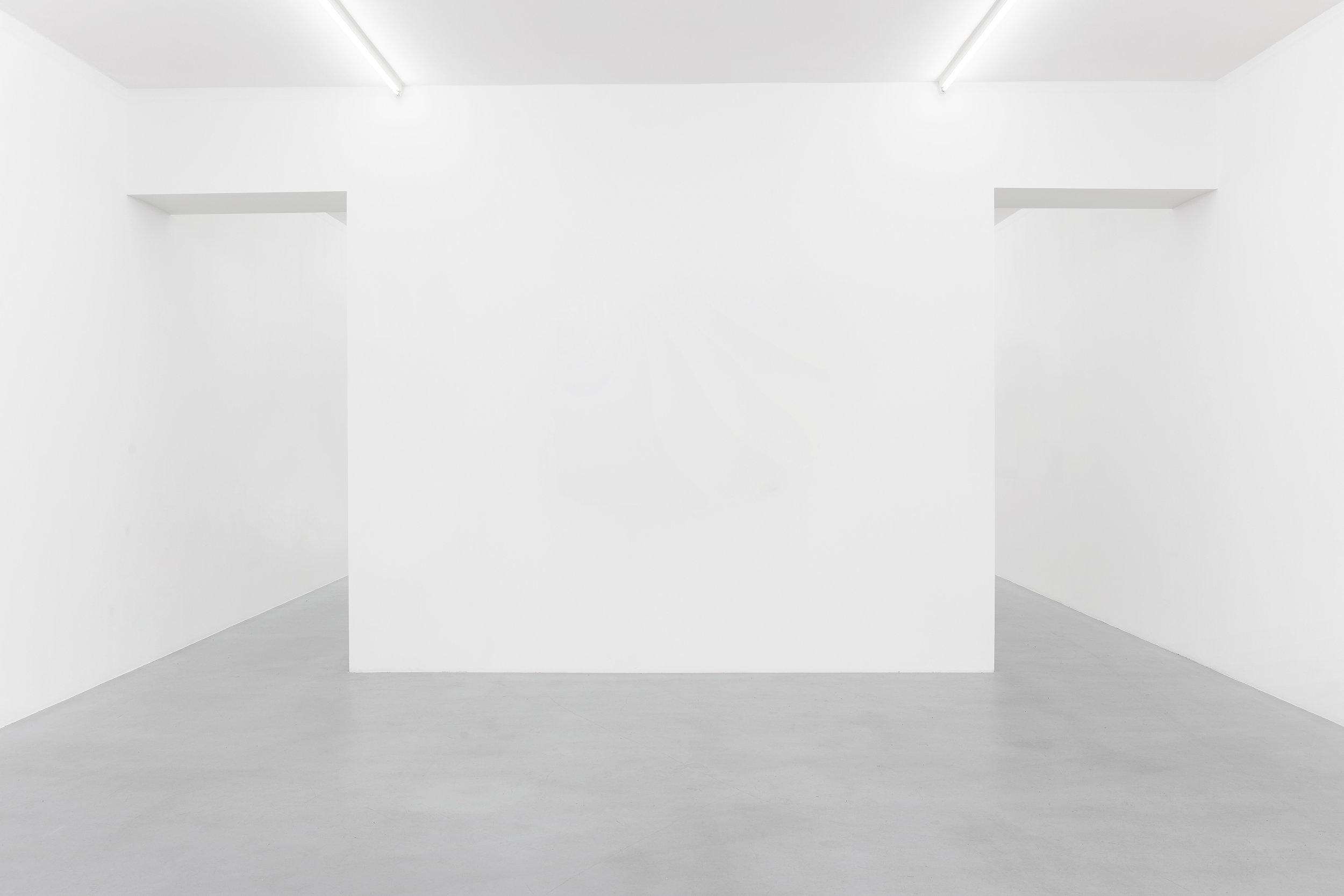 Empty-gallery-1.jpg