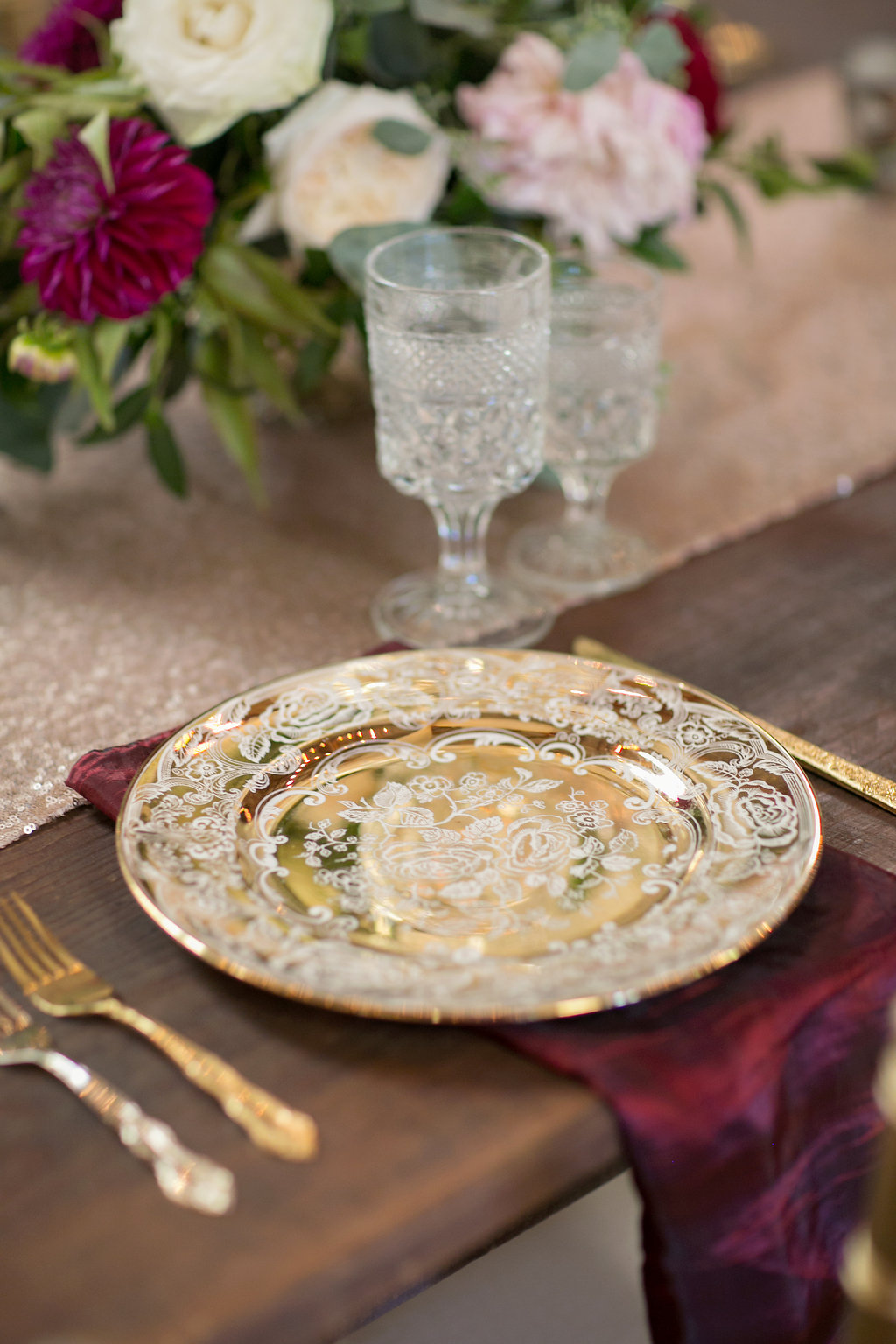 Southern Vintage Gold China Collection