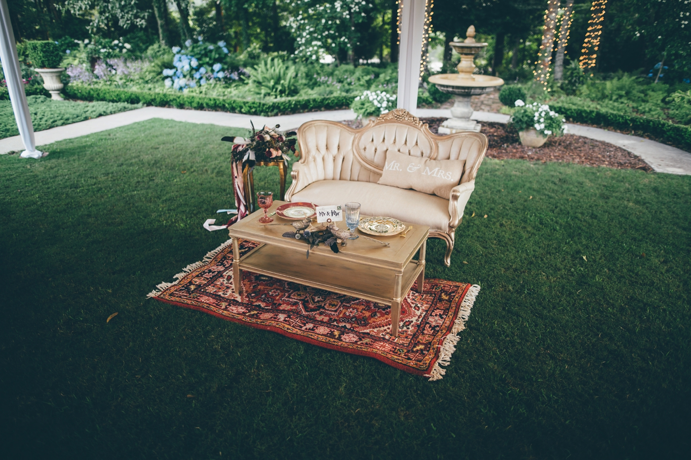 Southern Vintage Sweetheart Table