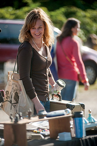 "Michelle Graham shopping at Todd Farm for Yankee Magazine article, ""The Upcyclers."""