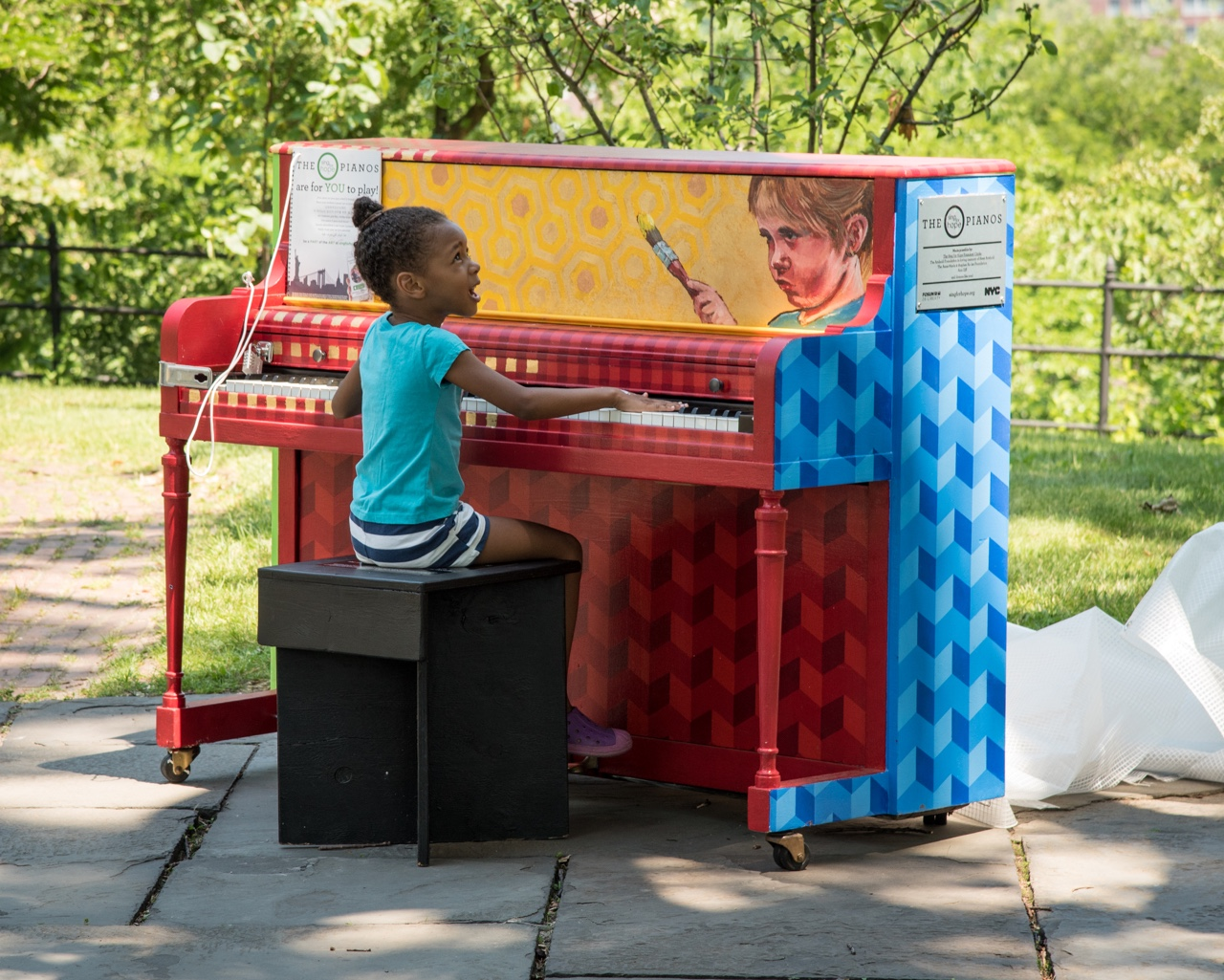 "A ""Sing for Hope"" piano put to good use in Washington Heights."