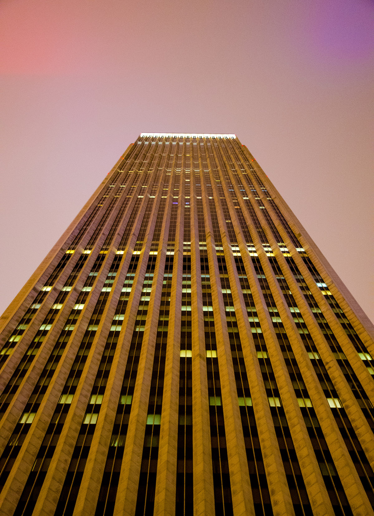 Aon Center in Chicago, IL