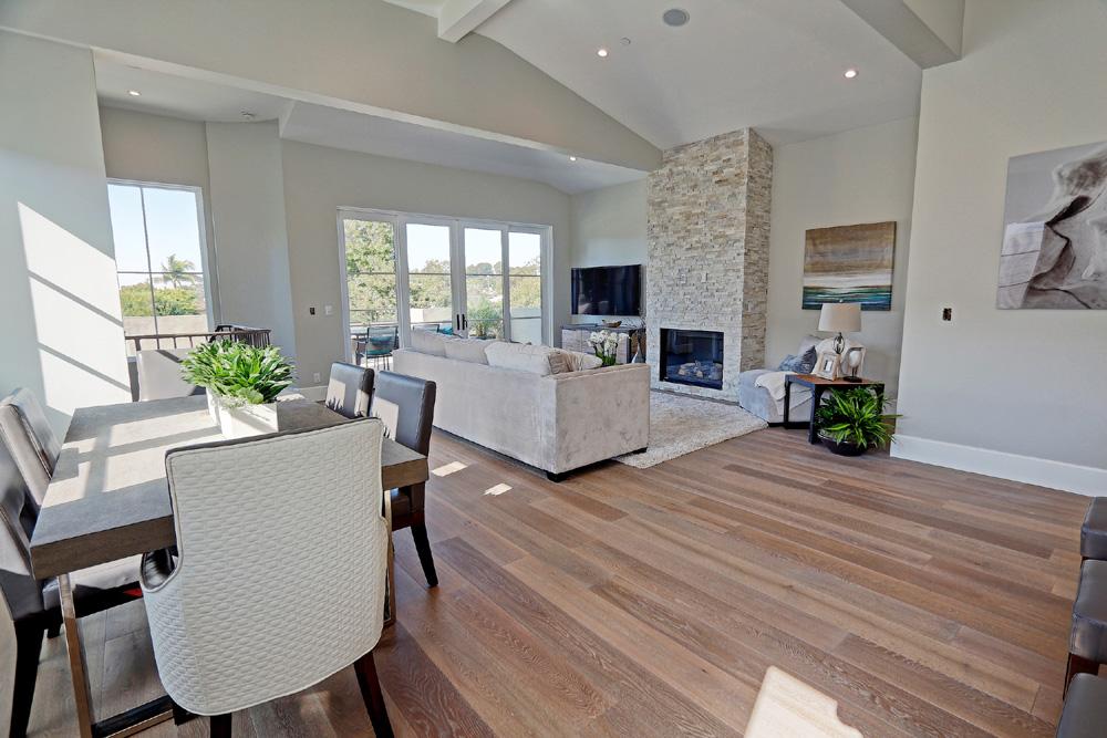 Caskey-544-Marine_Dining-Living-room.jpg