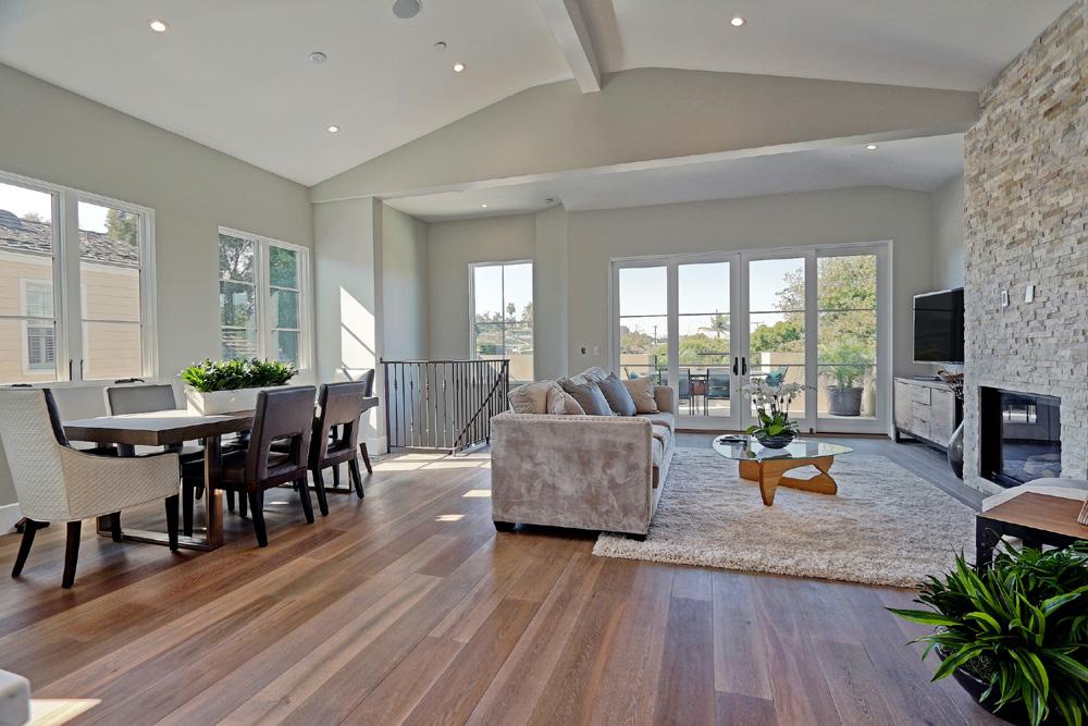 Caskey-544-Marine_Dining-Living-room2.jpg